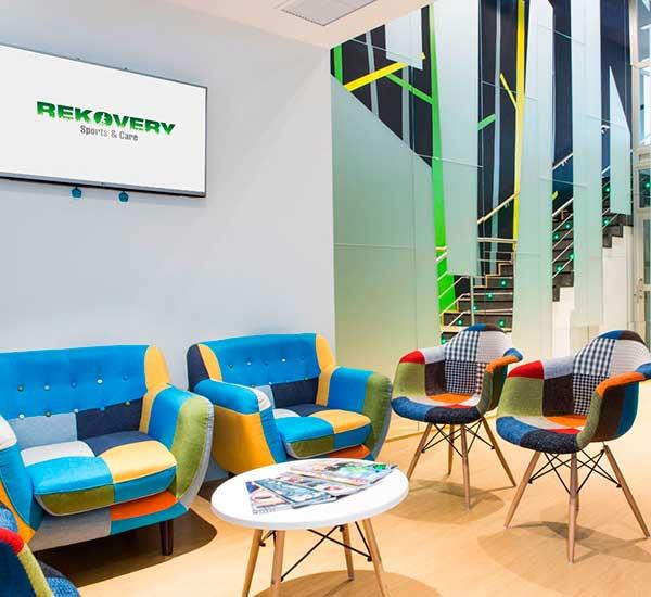 Sala de espera Rekovery Clinic