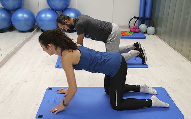 mejora tu postura corporal en rekovery clinic