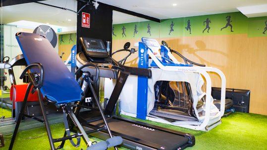 beneficios-de-usar-máquinas-para-completar-los-tratamientos-de-fisioterapia